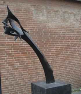 Cervical kyphosis in bronze
